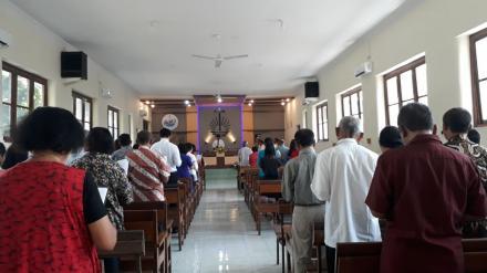 Pengamanan di Gereja Krakitan
