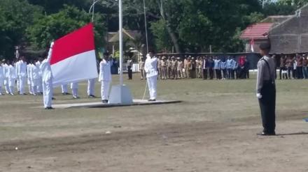 Upacara Detik-Detik Proklamasi Kemerdekaan Republik Indonesia di Lapangan Pasutan