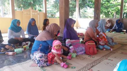 Sosialisasi Pemberian Makanan Bayi dan Anak