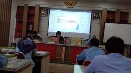 Pelatihan Pembuatan Artikel Feature Berbasis Data Desa