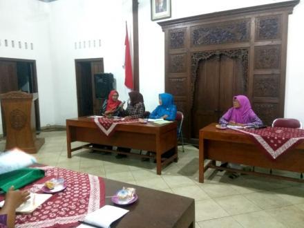 Pertemuan PKK Desa Ringinharjo